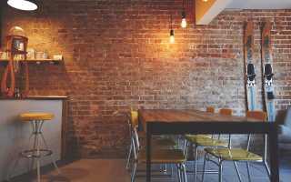 Три способа покрасить стену под кирпич