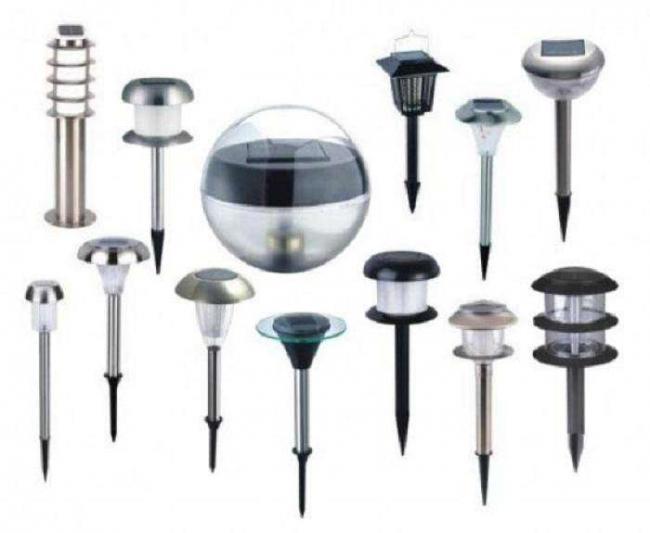 svetilniki-na-solnechnyh-batarejah-dlja-dachi-i-sada-10-sovetov-po-vyboru-2.jpg