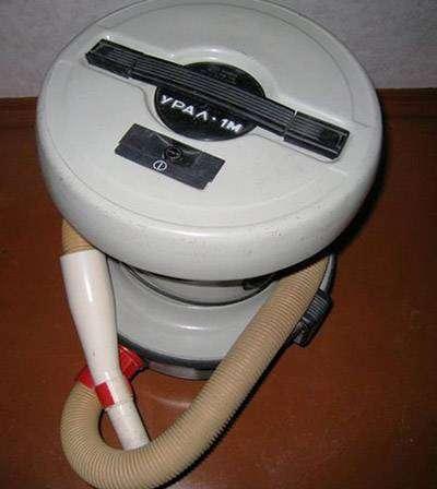 pervaya-model-pilesosa-ural.jpg