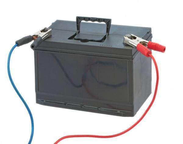 depositphotos_11507452-stock-photo-car-battery.jpg