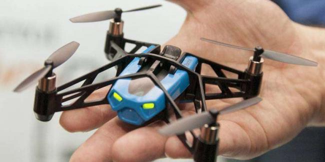 quadcopter-fpv_kopter_na_ladoni.jpg