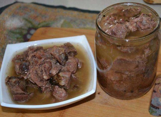 tushenka-iz-svininy-v-multivarke-recepty-i-sovety-po-prigotovleniyu-6.jpg