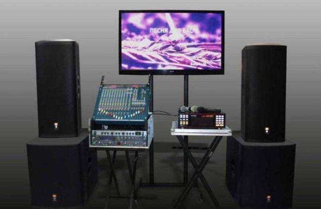 karaoke-bar-kak-biznes-otkryivaem-razvlekatelnoe-zavedenie-5-1024x611-752x490.jpg