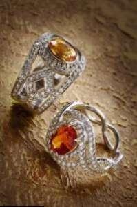 how-ultrasonic-cleaners-can-loosen-the-gemstones.jpg