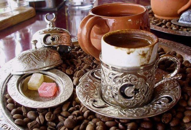 turetskij-kofe-kakoj-kupit-v-turtsii-i-kak-pit-1.jpg