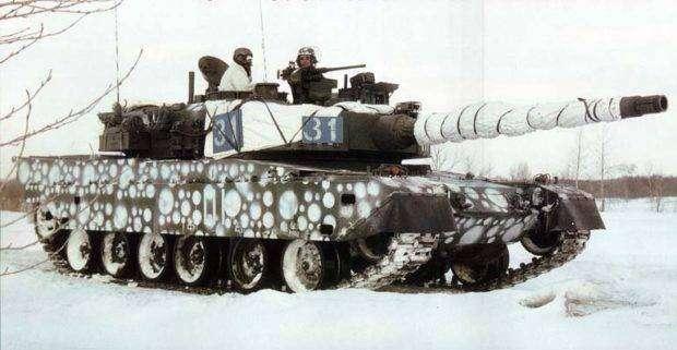 Тип-90-в-зимнем-камуфляже-620x321.jpg