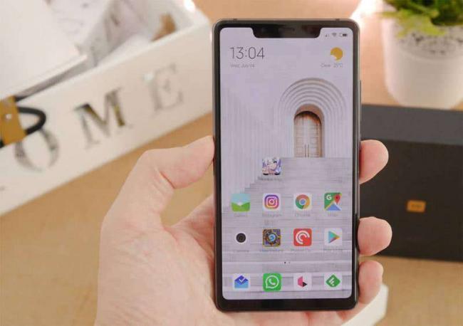 Xiaomi-Mi-8-SE-android.jpg