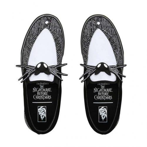 love-footwear-img2-mobile.cyi9w10mpvo3.jpg