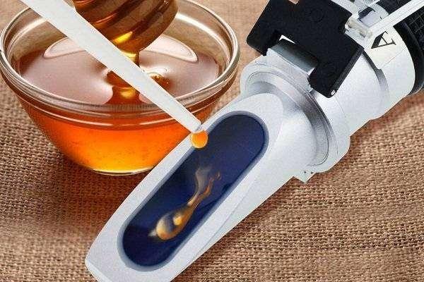 3-in-1-honey-refractometer-58-90-12-27-38-43be-brix-moisture-baume-tester-meter.jpg