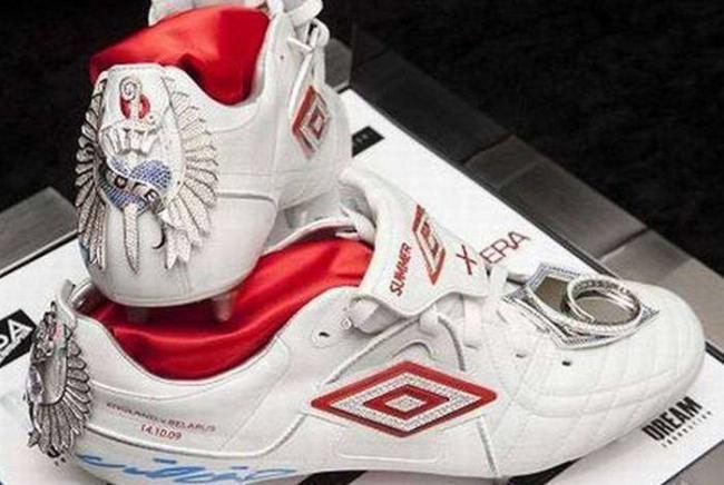 diamond-studded-nike-boots.jpg