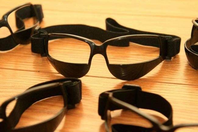 basketball-glasses-h1.jpg