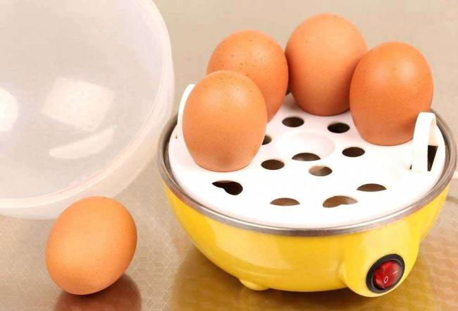 dash-egg-cooker-measuring-cup-egg-cookers-or-egg-boilers-are-small-electric-devices-mainly-used-for-making-breakfast-they-have-enough-space-for-boiling-several-eggs-at-the-same-time.jpg