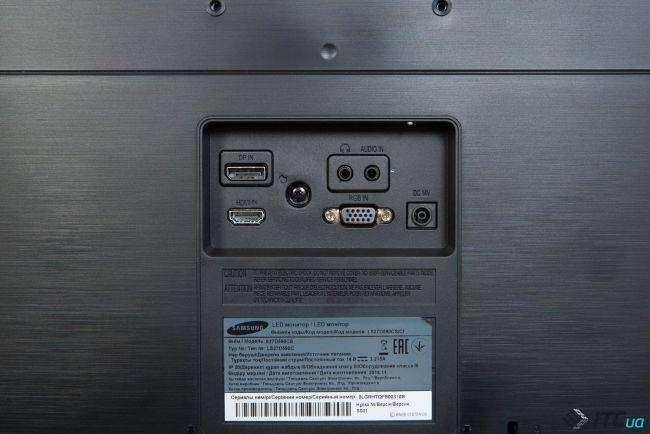 Samsung S27D590C connectors