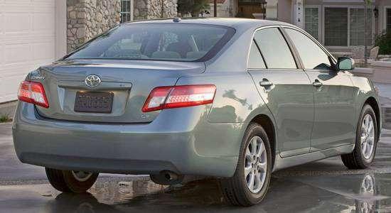 Camry-XV40-rear.jpg
