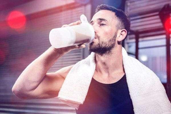 depositphotos_139560966-stock-photo-muscular-man-drinking-protein-shake.jpg