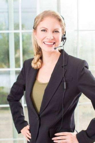 depositphotos_90042950-stock-photo-business-woman-headset.jpg