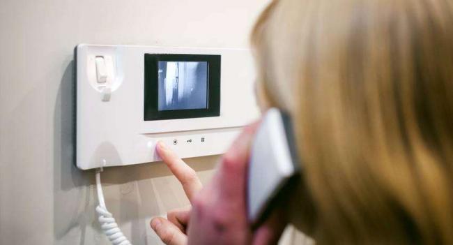 videodomofony-dlya-kvartiry-2.jpg