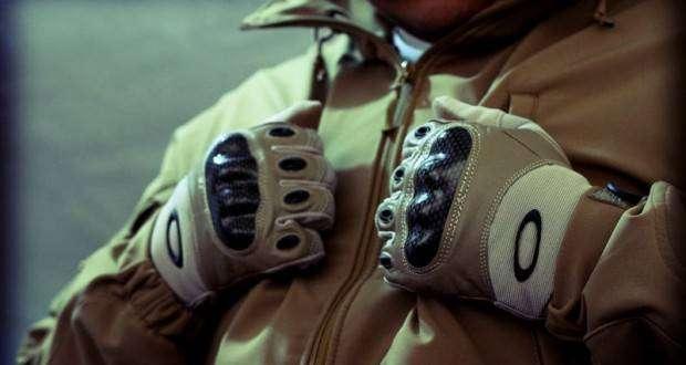 takticheskie-perchatki-specnaza-oakley-620x330.jpg
